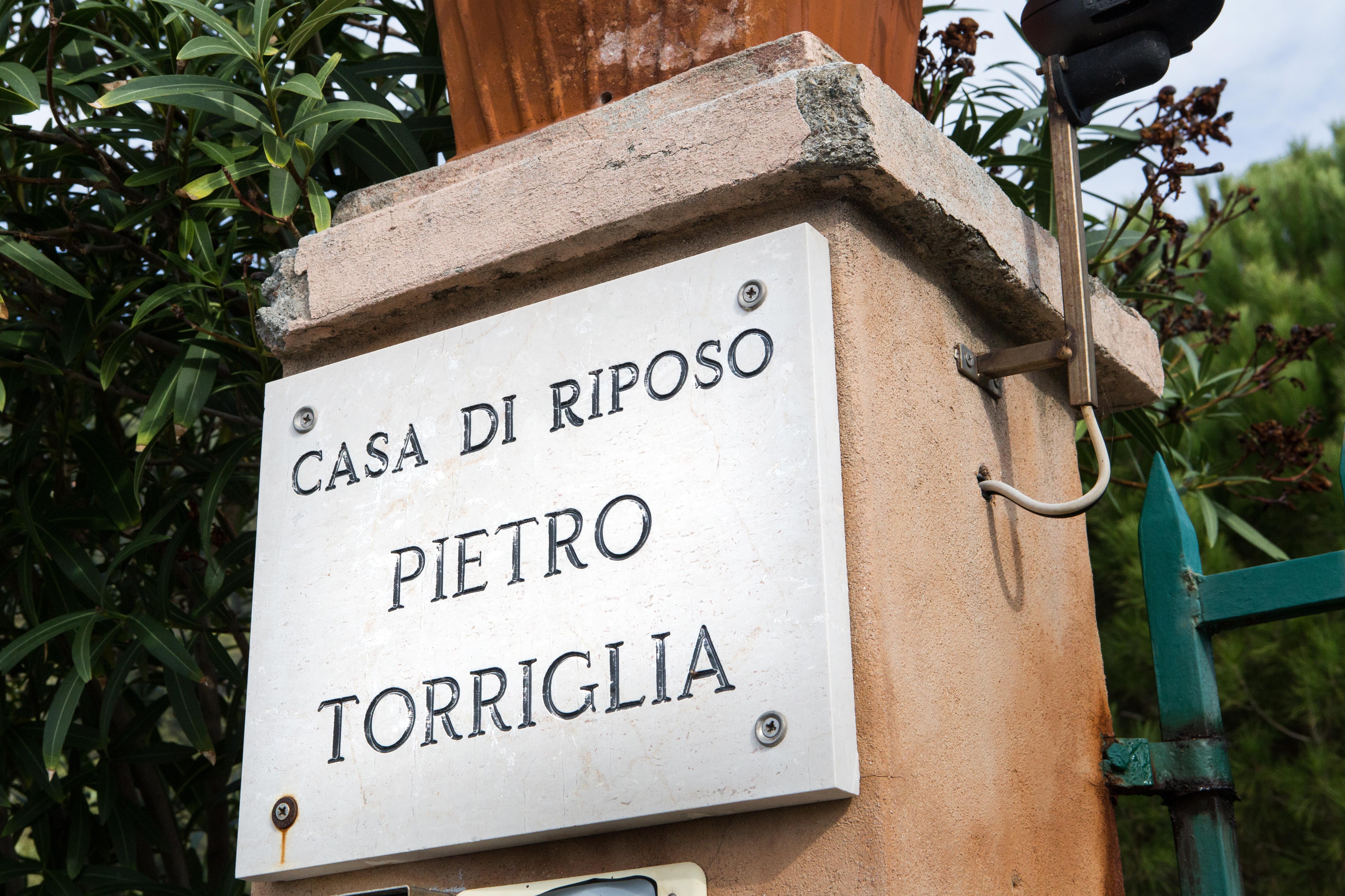casa di riposo Torriglia - Insegna